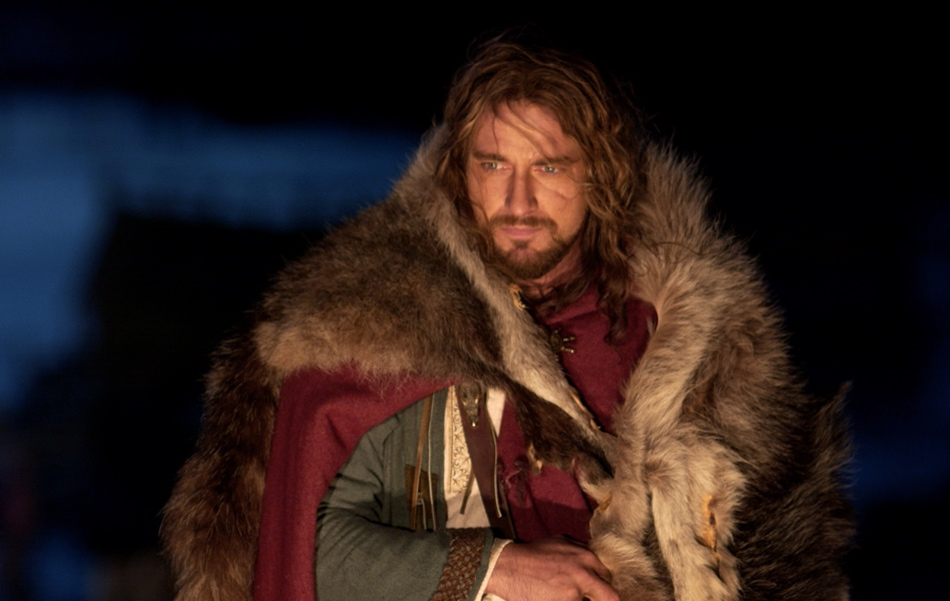 a comparison of beowulf and the thirteenth warrior Beowulf vs the 13th warrior essayssome people say that the movie the 13th warrior is almost a replica of the poem beowulf the two stories resemble each other extremely, but also have many, many differences.